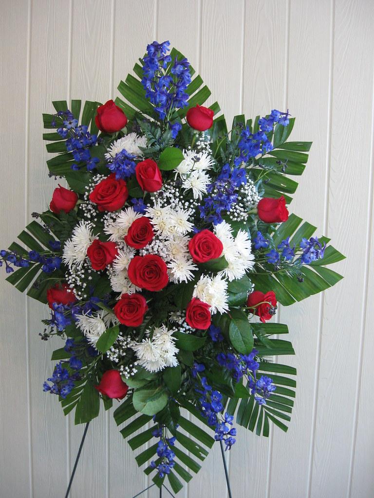 Red white blue funeral flowers for veteran delivered fr flickr white blue funeral flowers for veteran delivered free to barile funeral home in izmirmasajfo