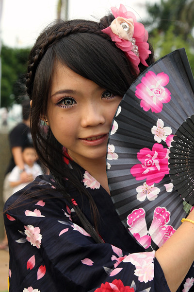 new cambria single asian girls The best online dating and matchmaking service for single catholics, we provide you with powerful online dating tools and online dating tips working with you to find the perfect match sign up today to start meeting missouri new cambria catholic women.