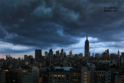 Nasty clouds: early evening storm rolling through NYC | by NYCisMyMuse