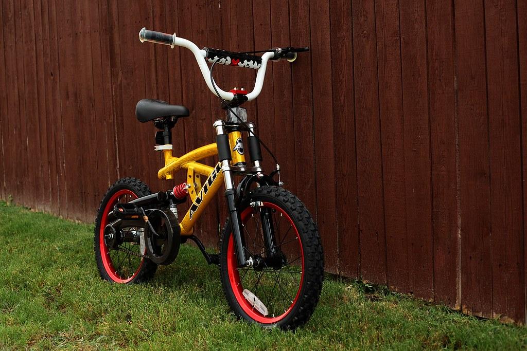 Avigo Maxx Trax 16 Inch Boys Bike I Purchased This Avigo M Flickr