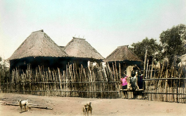 houses and ornaments of early filipino Imagine an abundance of gold, where everyone from the noble upper class to the warriors to the common people to the slaves all were covered in gold ornaments.