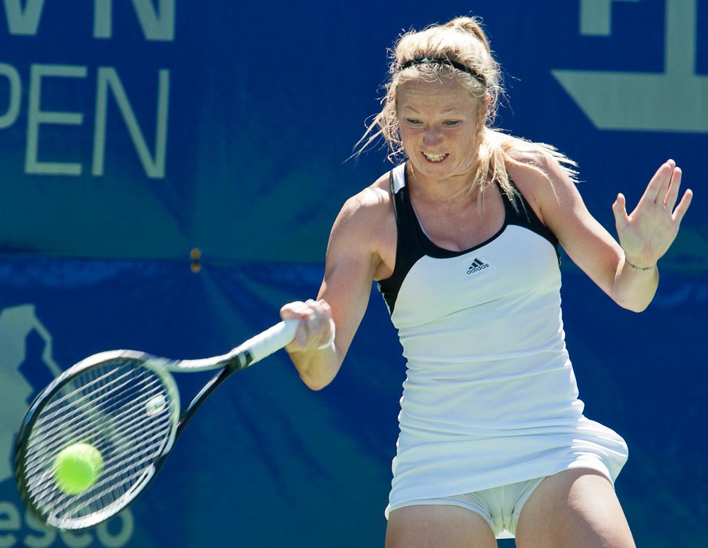 Julia Glushko (ISR) | Julia Glushko (ISR) hits a return to