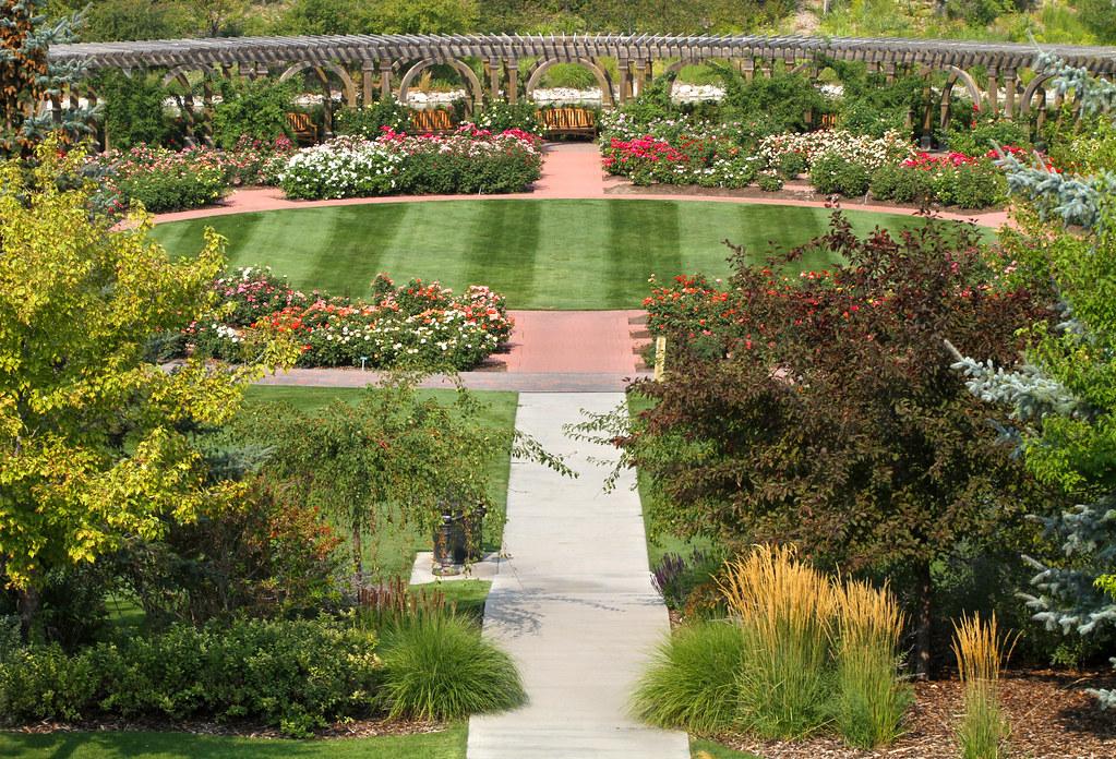 Rose Garden Thanksgiving Point Lehi Utah Arbyreed