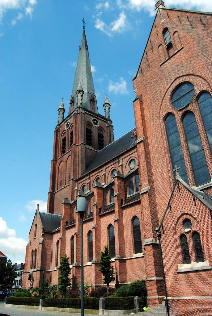 Heilig hartkerk turnhout door de uitbreiding van turnhout flickr - Bureau van de uitbreiding ...