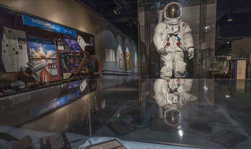 detailed space suit - photo #20