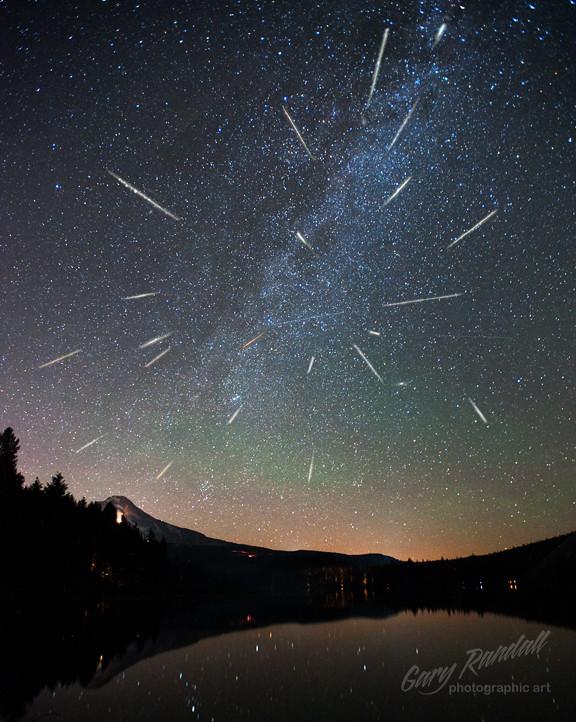 Perseid Meteor Shower 2012 Ladies And Gentlemen I Give