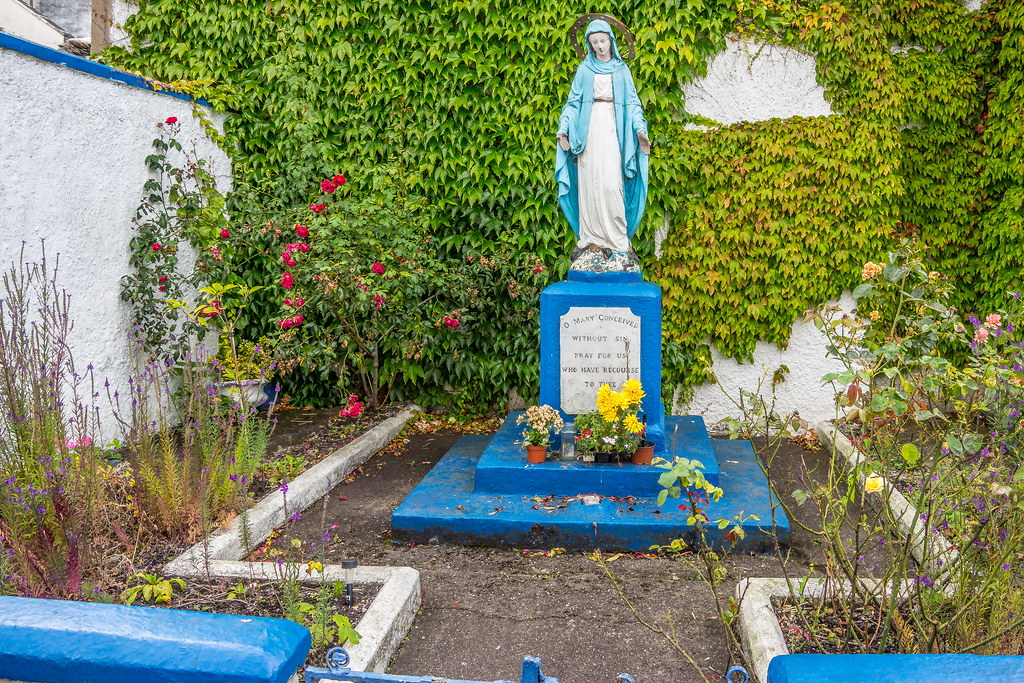A MARIAN GROTTO IN CORK [CORNER OF DUNBAR STREET AND MARGARET STREET]-120639