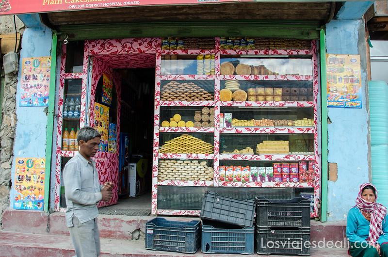 pueblos de Cachemira pastelería de Drass