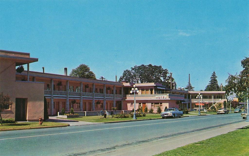Postcard Crystal Court Motel Victoria Bc C 1964 Flickr