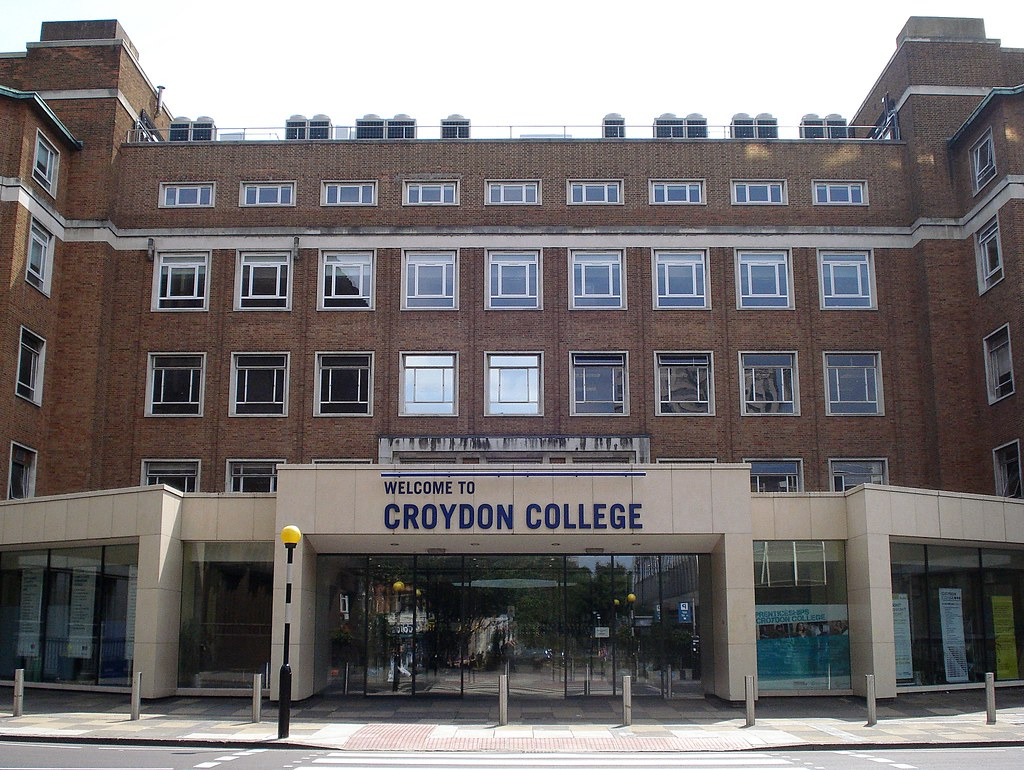 Is London College Of Fashion Hard To Get Into