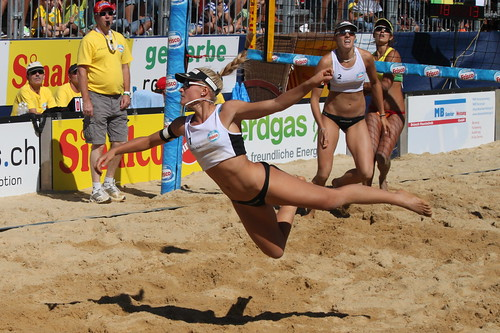 Beach Volleyball - Graceful Flying (Marlen Brunner, SUI) | by .hd.