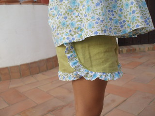 la inglesita ruffled shorts | by la inglesita