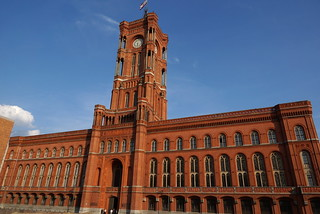 Rotes Rathaus | by WeatherMaker