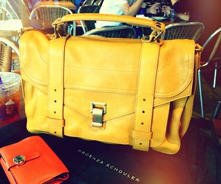 hello bag, i love you. | by .thalia.