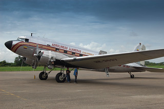 Douglas DC-3 HK3037 at VVC | by The Colombian Way