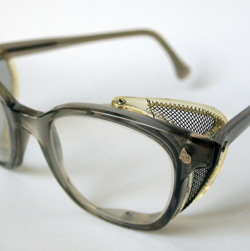 1950s COOL SAFETY EYEGLASSES Vintage American Optical Indu… | Flickr