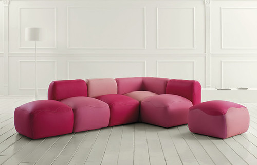 Minimalist furniture modular sofa kivas from valdichienti for Minimalist furniture india