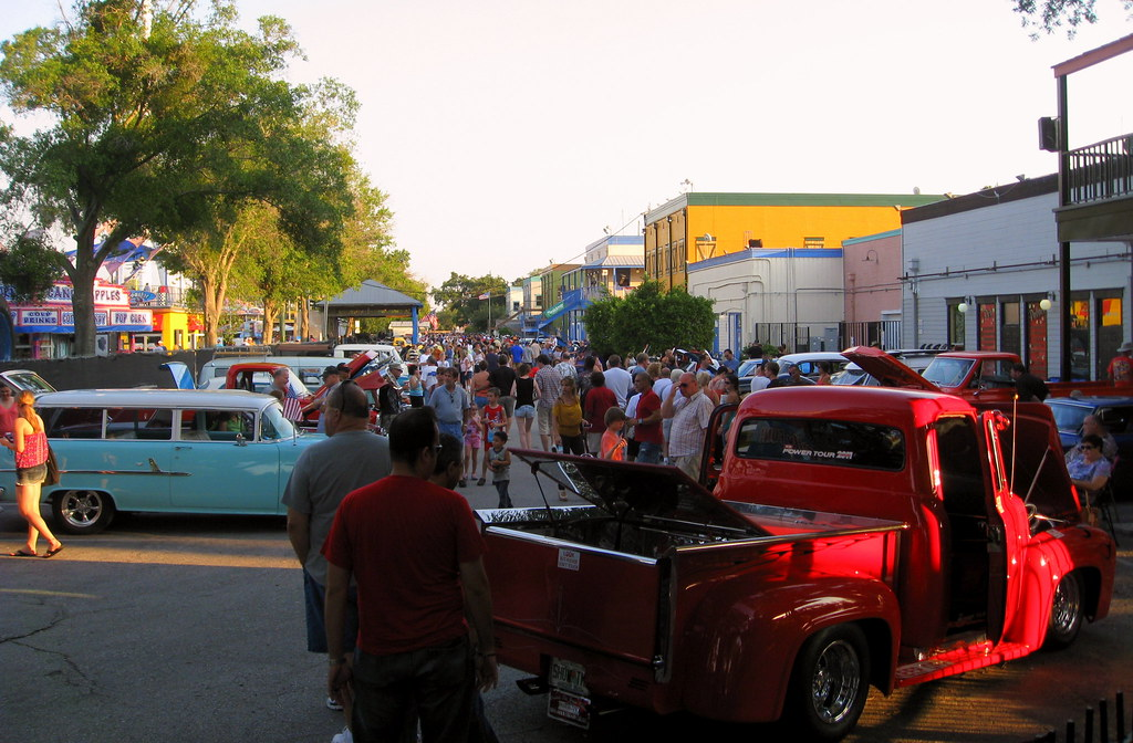 Kissimmee Old Town Car Parade