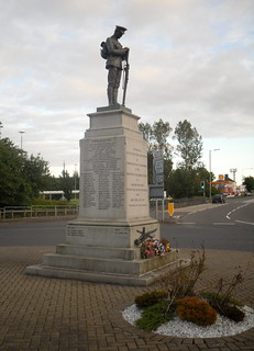 War Memorial, Newmains, Lanarkshire | by jackdeightonsf