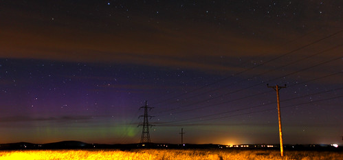 Aurora in the late evening twilight | by quayman