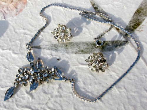 Bugbee and niles rhinestone necklace and earrings this for Bugbee and niles jewelry