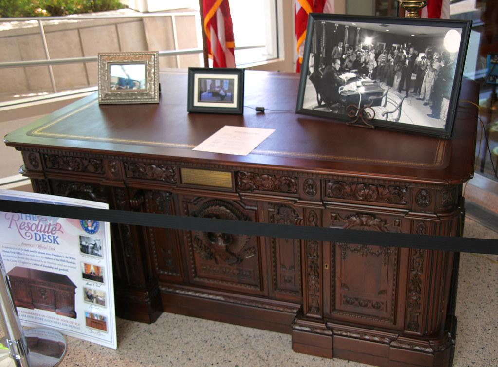 Resolute Desk Copy Richard M Nixon Presidential Museum A