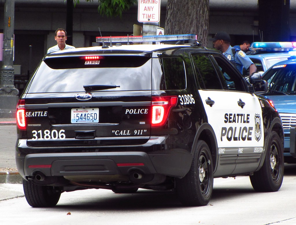 Seattle Police 31806 Ford Police Interceptor Suv Zack