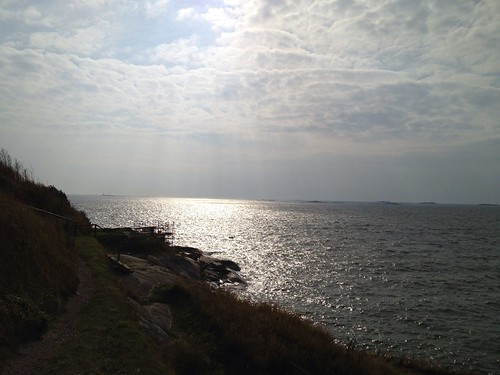 the sea off of suomenlinna | by sbma44