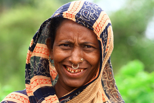 Portrait of a smiling woman in Kuakata, Bangladesh. | by cookiesound