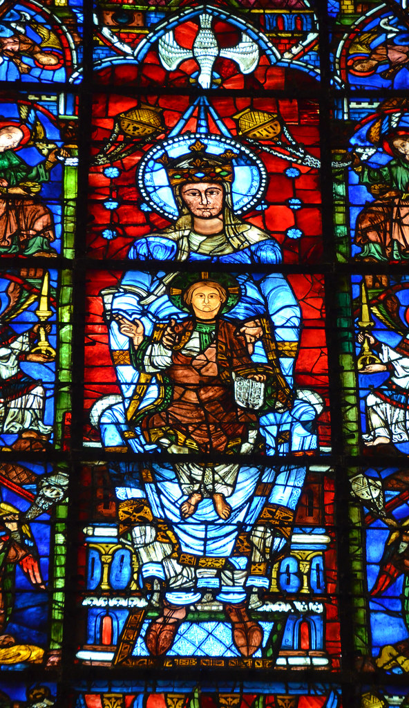 Blue Virgin Mary stained glass window - Chartres Cathedral ...