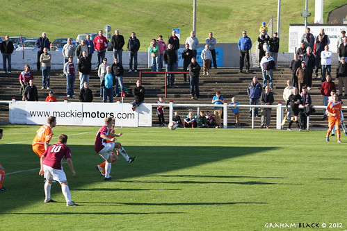 Arbroath 1 - 1 Forfar Athletic - The ball flies into the box | by Scotsman_in_Hawaii