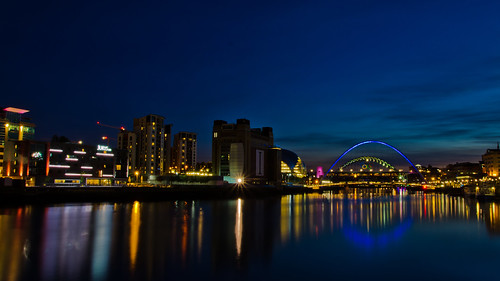 Newcastle/Gateshead Quayside at night. | by paul downing