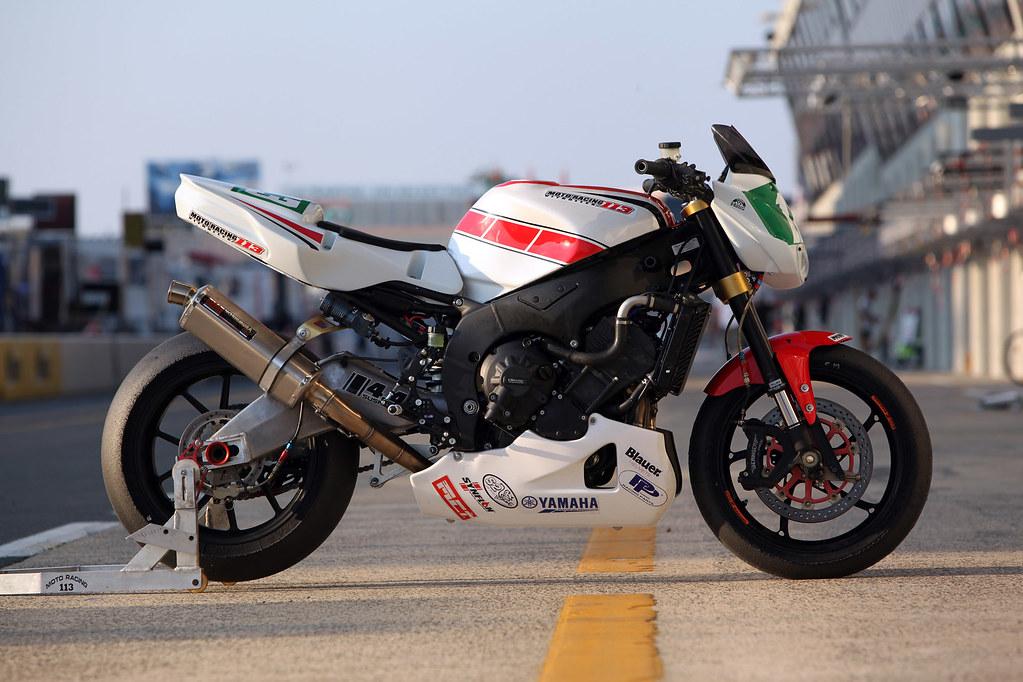 Yamaha R Race Bike