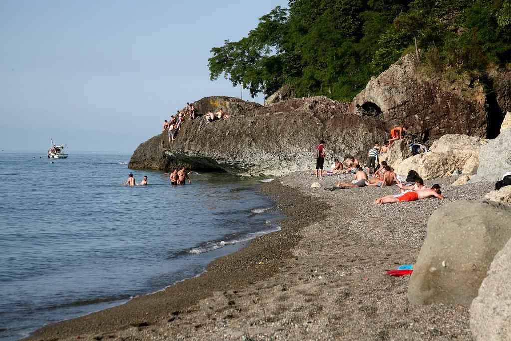 199amburnu beach trabzonturkey 199amburnu plajı s252rmene