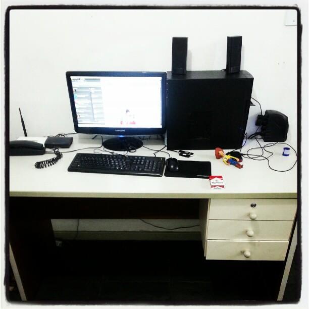 Big Pc Desk Small Desk With Wheels