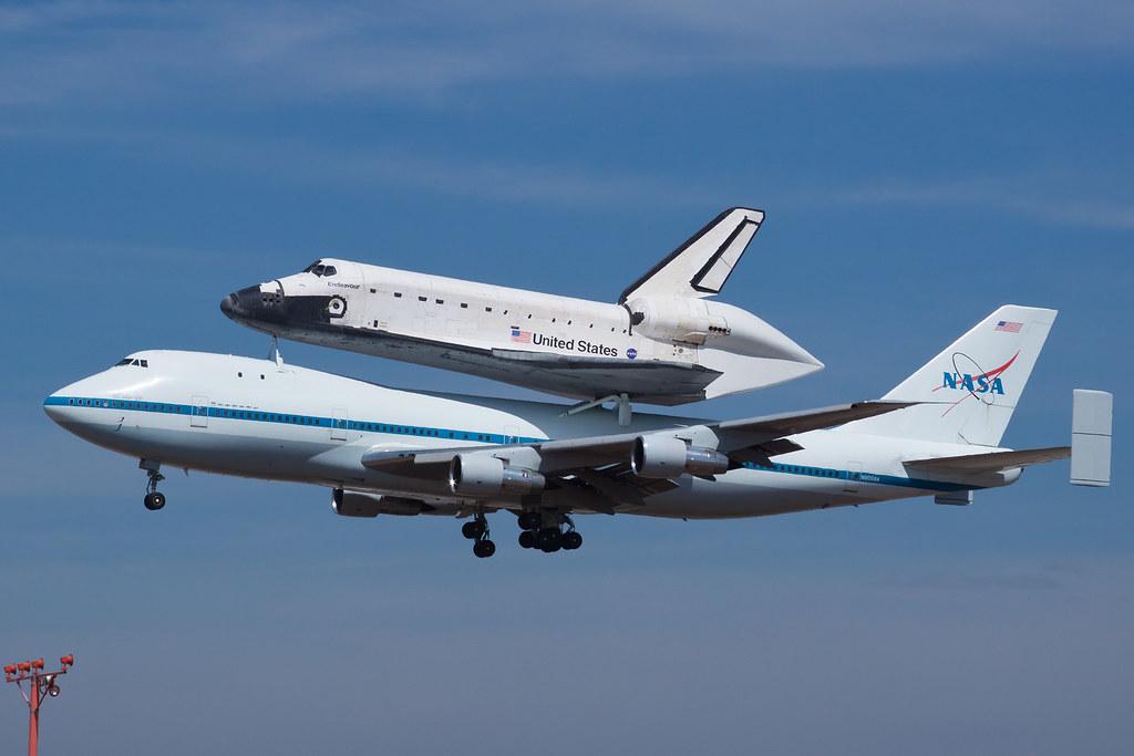 NASA Boeing 747-100(SCA) N905NA and Rockwell Space Shuttle ...