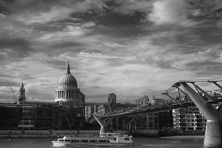 St Pauls and Bridge | by cliffpatte