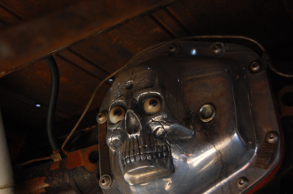 Rear Differential Cover Skull Face Cover On A 1947 Ford