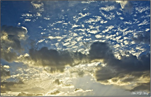 Nubes celestiales | by Art.Mary