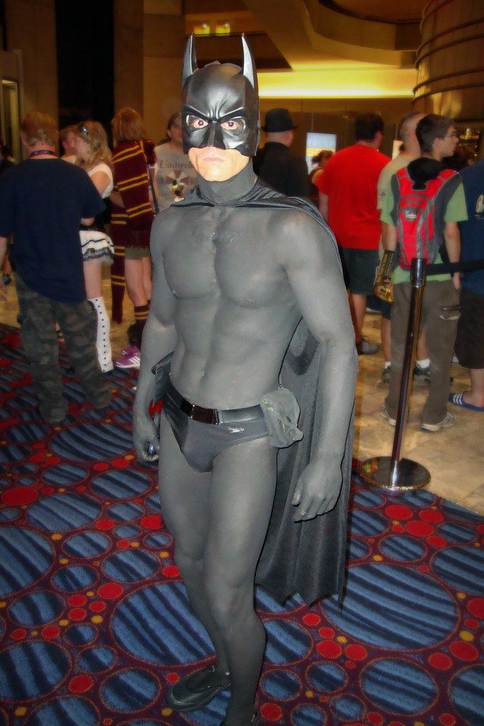 Body-Paint Batman  Now A Little Eye-Candy For The Ladies -3344