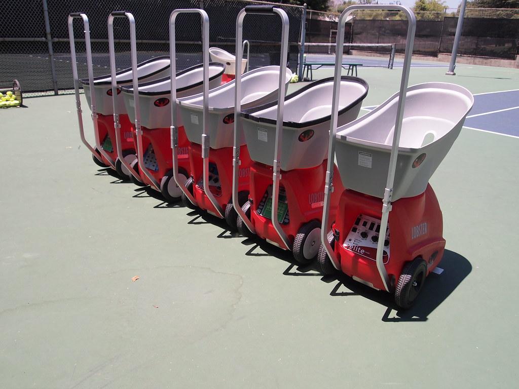tennis machine lobster