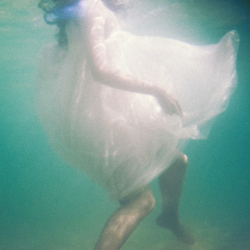 the mermaid and the light | by Ana Luísa Pinto [Luminous Photography]