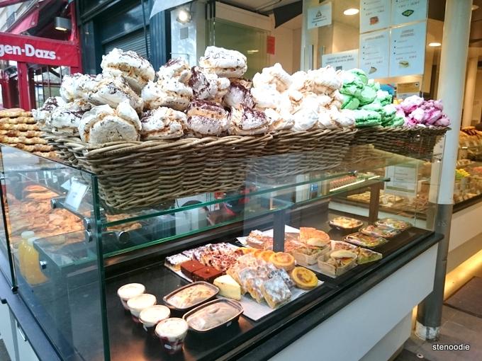 meringues in Paris