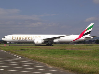 A6-EGV Boeing 777 31HER Emirates | by GSairpics
