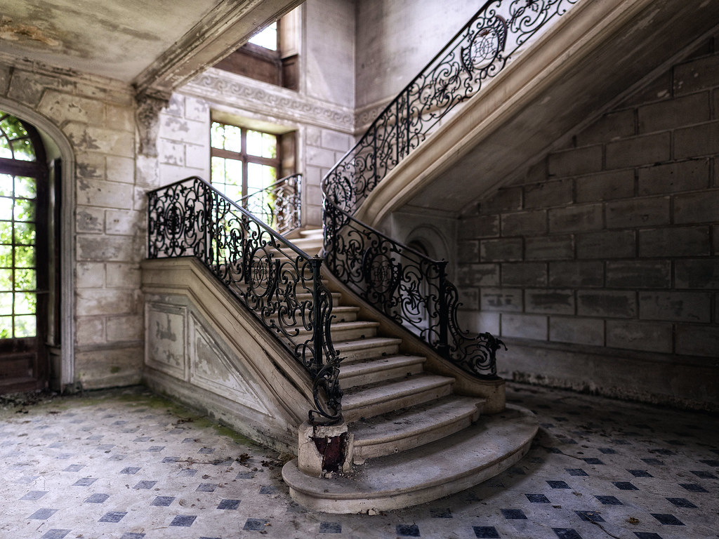 Captivating ... Fancy Abandoned Staircase | By Alt_Gr *slowly Getting Back*  Www.nilseisfeld.de
