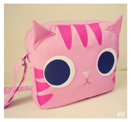 Pinky kitty shoulder bag | by mochikaka