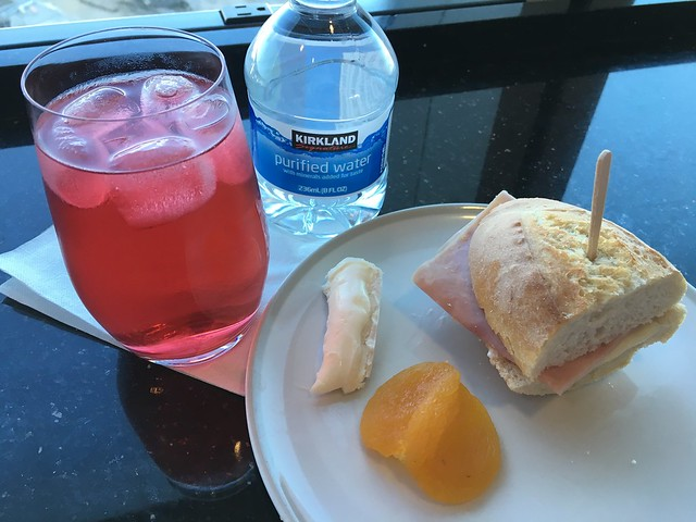 Pre-boarding snacks - Air France KLM Lounge