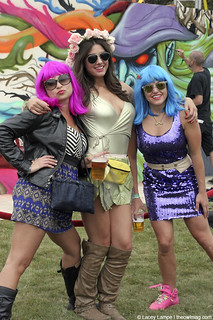 OSL ' 12 - FRIENDS! | by The Owl Mag