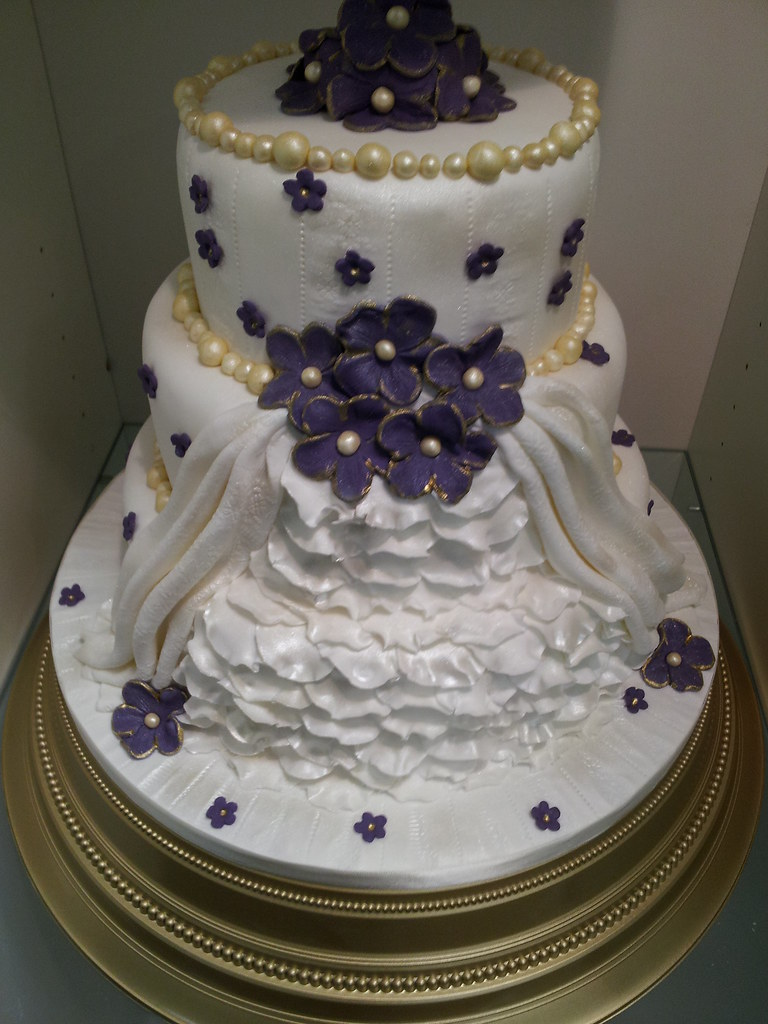 wedding cakes hull purple and gold wedding cake www janicehull janice 24521