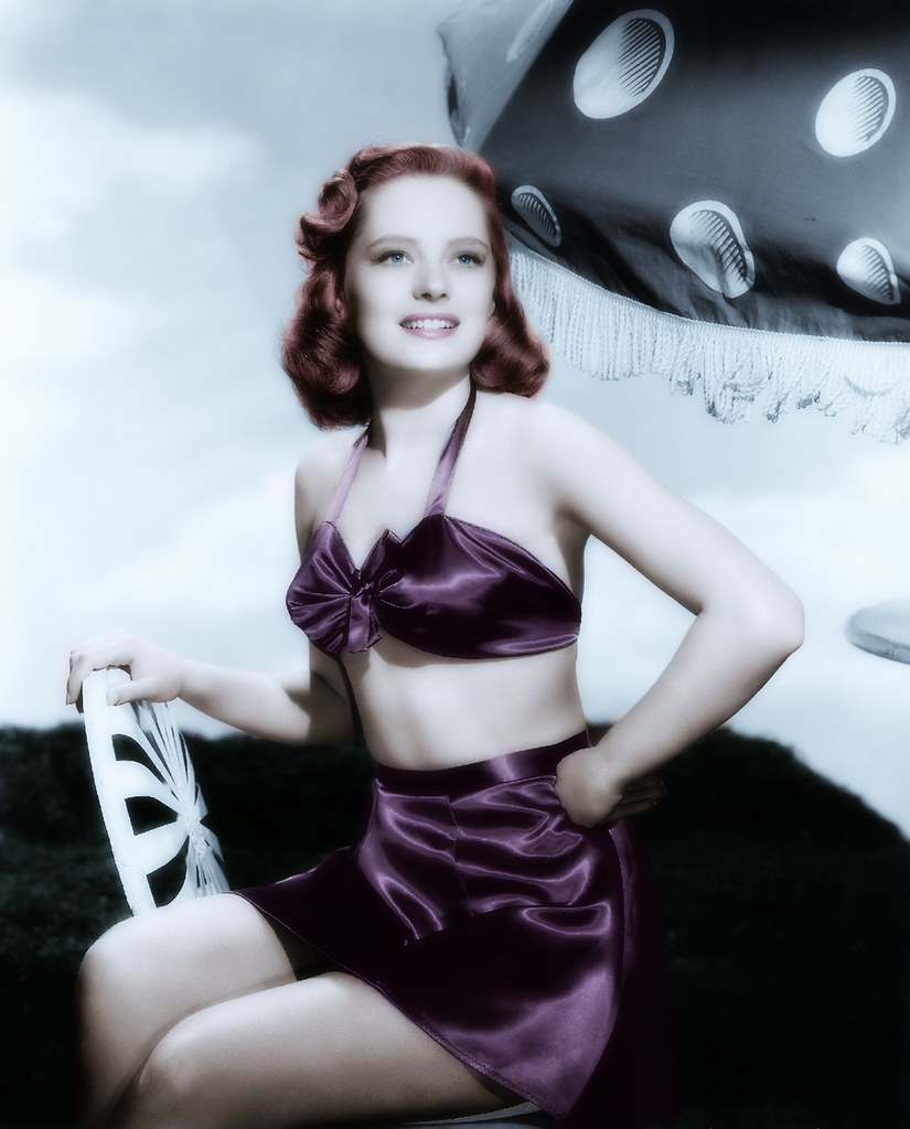 picture Alexis Smith